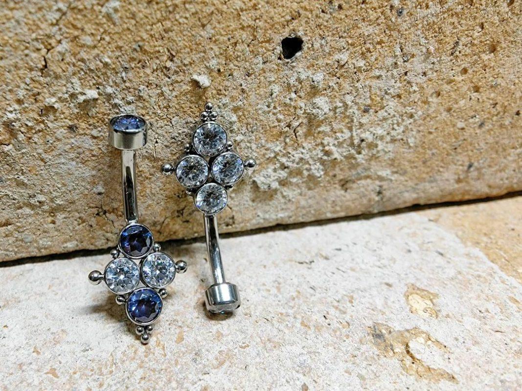 Nuevos piercings de ombligo ZUK Luxury Piercing